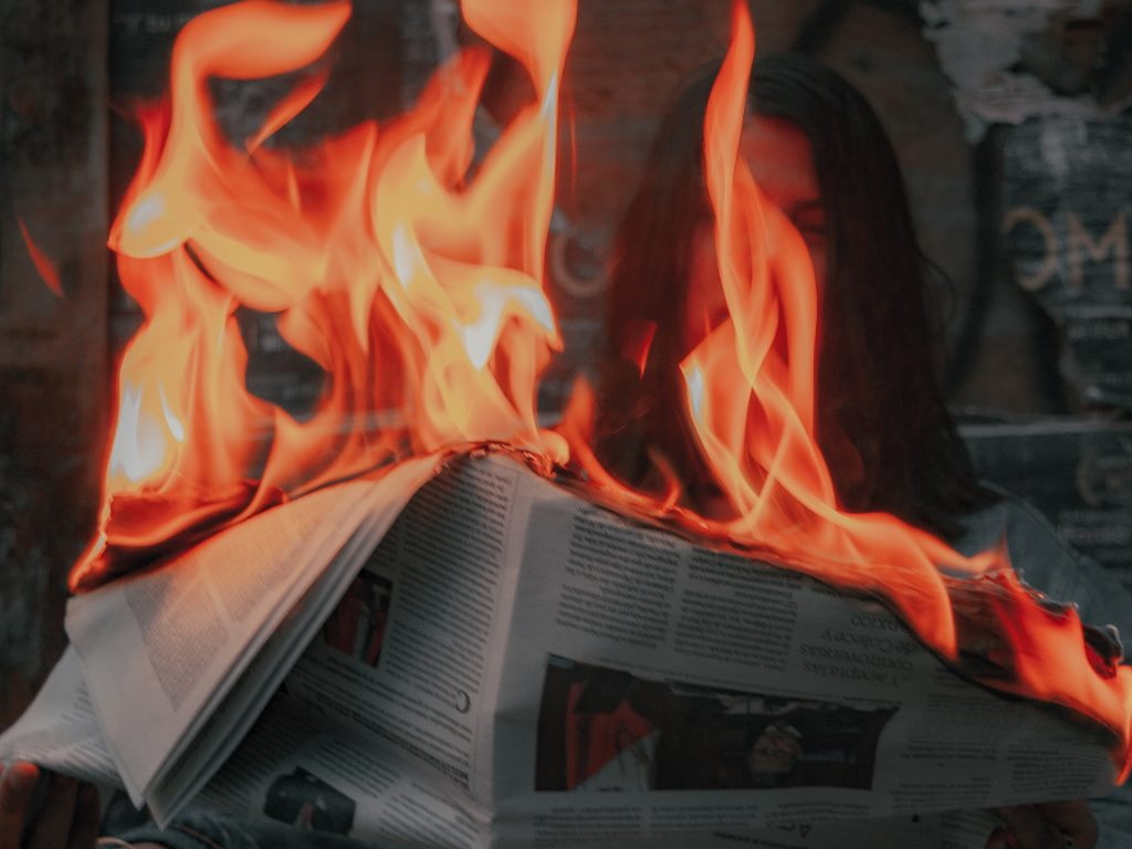 Quali sono le cause del crollo delle entrate dei giornali